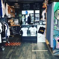 Mr.Ink est rentré de vacances.  Vous êtes les bienvenus dans notre magasin.  À très vite. #rentrée2020 #teeshirtpersonnalisé #cadeaux #totebag #mugpersonnalisé